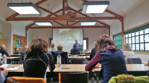 Learn about beekeeping with Puget Sound Beekeepers Association Seattle WA